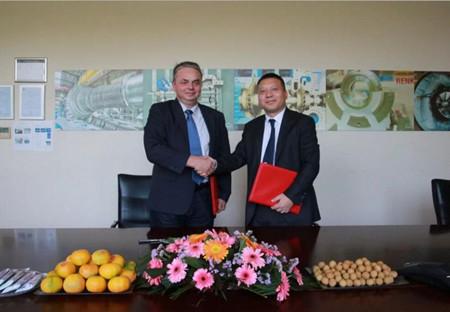 中国船柴宜柴公司与曼恩机械续签战略合作协议