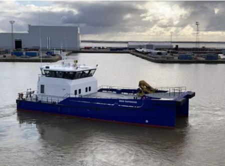 达门交付1艘双海斧式纯铝合金快速人员运输船