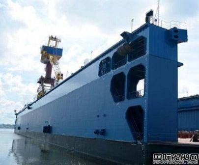 华润大东交付古巴一艘2.2万吨举力浮船坞
