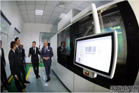 亚洲首台大型超级金属3D打印设备落户江科大