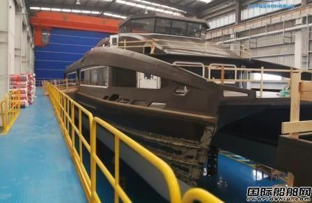 中威复合材料公司碳纤维船舶整船制造车间投产