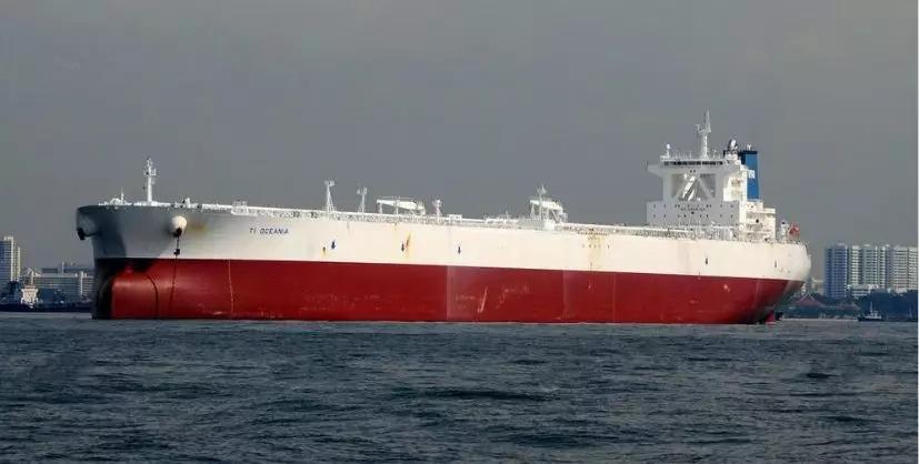 """限硫令将至,多艘油轮""""变身""""海上油库"""