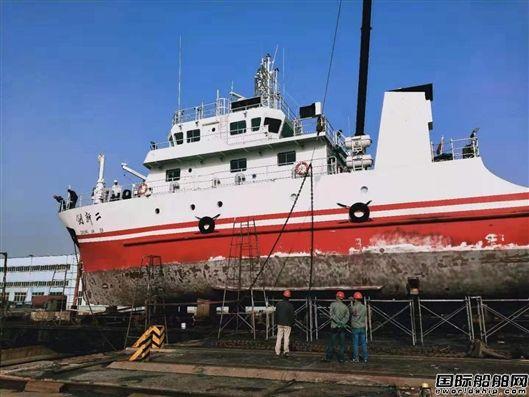 """""""创新二""""号科考船完成坞修返回母港"""