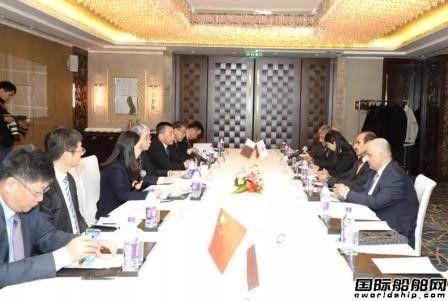 雷凡培会见卡塔尔国家能源部部长