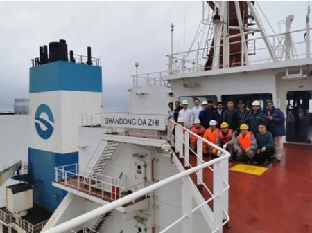 山东海运首艘40万吨矿砂船脱硫改装船海试成功