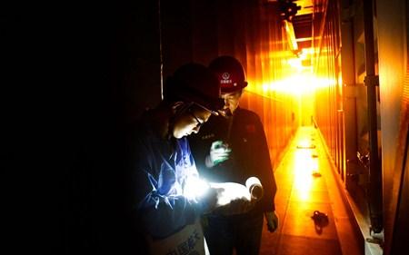 远望号火箭运输船队送抵海南文昌后回港