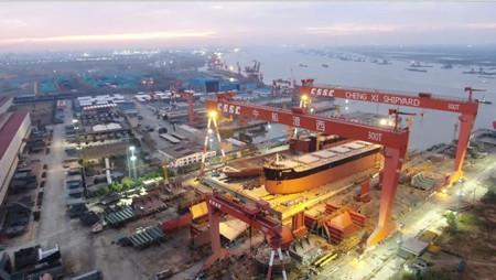 中船澄西为交银租赁建造30号8.2万吨船下水