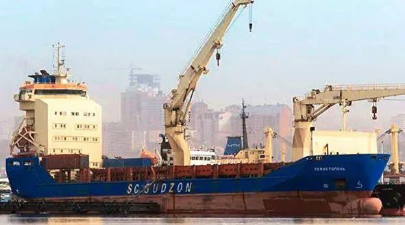 俄罗斯船只在新加坡港口被扣押 俄使馆这样回应