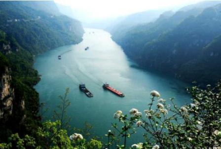 湖北宜昌开启三峡绿色航运新模式