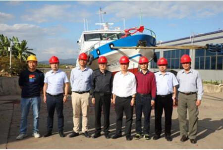 江龙船艇粤港澳大湾区深中通道30米级钢铝交通艇下水