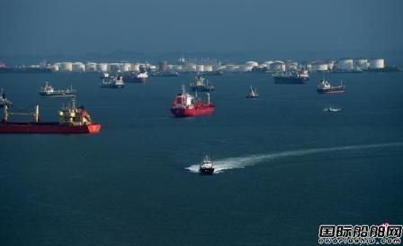 新加坡海峡海盗猖獗5日内6艘船遭袭