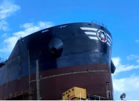 舟山中远海运重工首次实现新造项目船台阶段发电机负荷试验