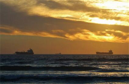 船舶燃油销售格局转变:低硫油销量大涨