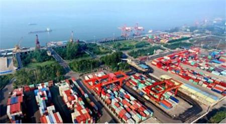 交通部:尽量避免船舶挂靠武汉港口