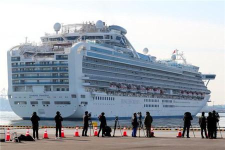 """""""钻石公主""""邮轮带来警示,大型轮船如何防控疫情?"""