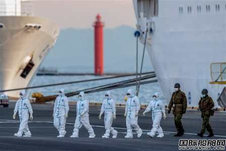 """""""恐怖邮轮""""355人确诊!美国派飞机日本送手机"""