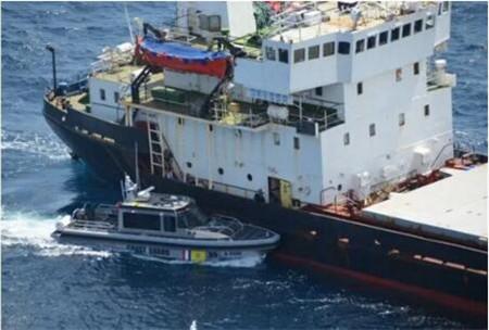 这艘船运一吨毒品七名船员被捕!哥伦比亚最大毒品案告破
