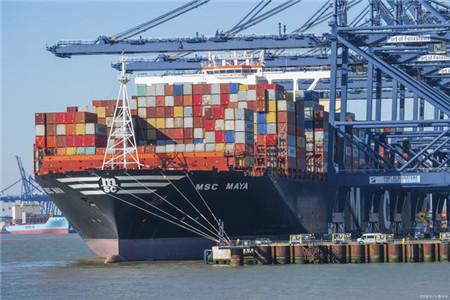 集装箱船运力闲置超200万TEU创历史纪录