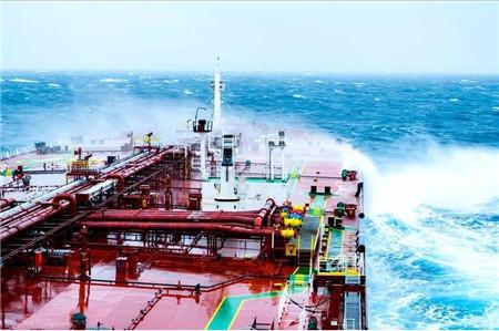 运价上涨400%!油轮市场经历疯狂一周