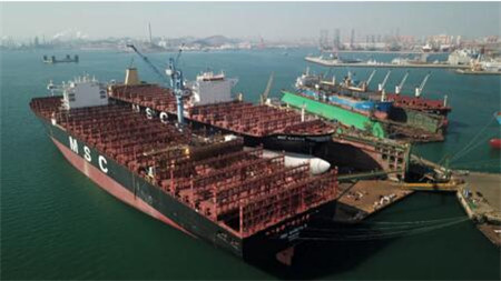 大连中远海运重工全力保控坞期保障生产节点