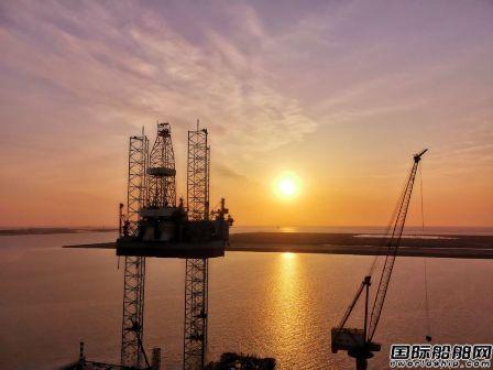 太重滨海首座自升式钻井平台完成升降试验