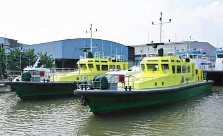 江龙船艇2艘引航艇再度出口尼日利亚