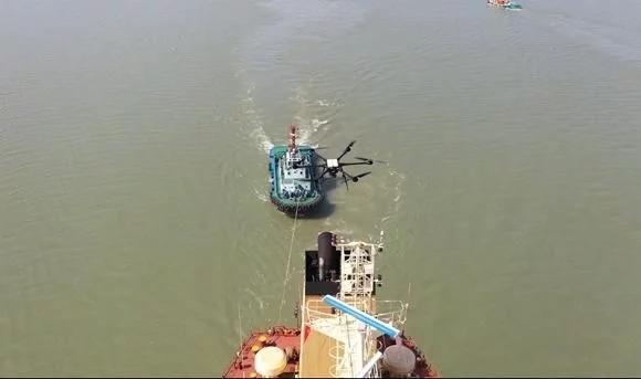 长江江苏段首次运用无人机检测船舶尾气