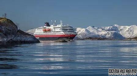 Hurtigruten暂停全部船舶运营裁员数百人