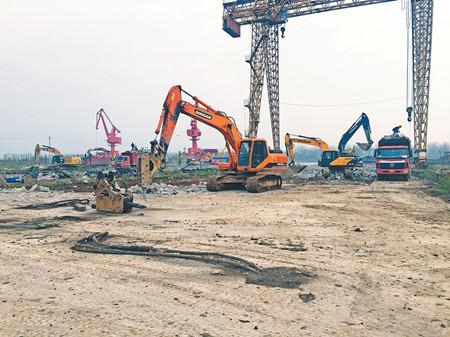 马鞍山市沿江船厂拆除复绿分步推进中