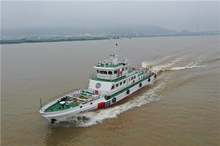 江龙船艇又一艘公务执法船启航交付