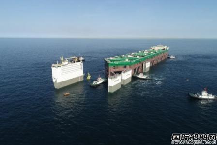 """中集来福士建造全球最大深水养殖工船""""干拖""""起运挪威"""