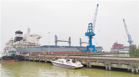 南洋船舶复工复产一艘39300吨散货船月底交付