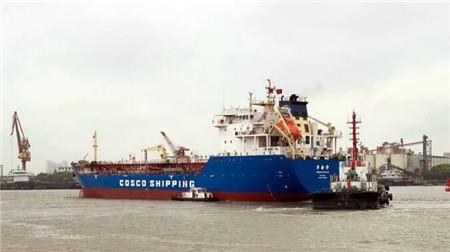 """上海中远海运重工提前三天完成""""宁海湾""""轮修理"""