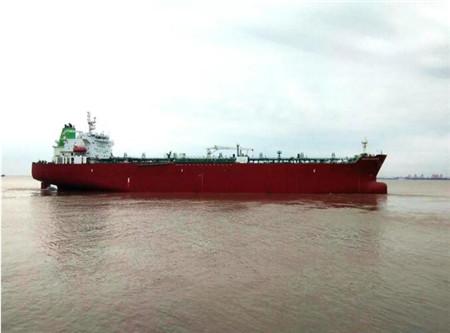 """上海中远海运重工提前完成 """"银色休斯顿""""轮修理"""