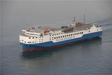 渤船重工一艘109米自航甲板驳实现试航节点