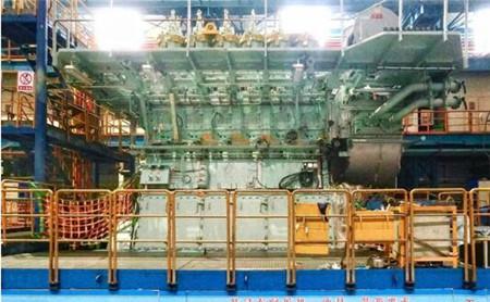 中船动力400mm缸径双燃料工程样机完成大合拢