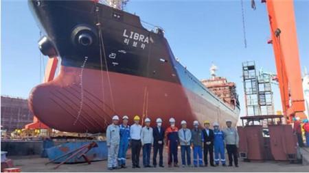大洋海装6500吨多用途船再迎下水节点