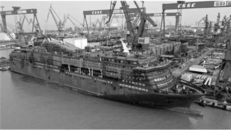 广船国际建造阿尔及利亚豪华客滚船发电机动车