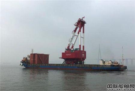 南通振华发运龙源振华2500吨起重机回转底盘
