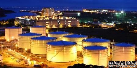 史上最大规模!117艘超级油轮正驶向中国