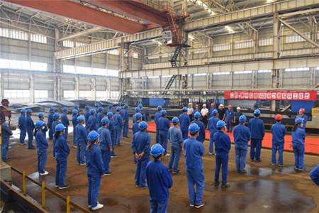 镇江船厂4艘全回转消拖两用船顺利开工