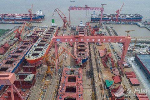 """外高桥造船""""中国第一长""""船坞5月底竣工"""