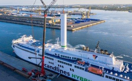 Norsepower为一艘在运营客船快速安装旋筒风帆