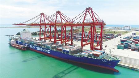 辽宁锦州至海南(洋浦)内外贸同船航线完成首航