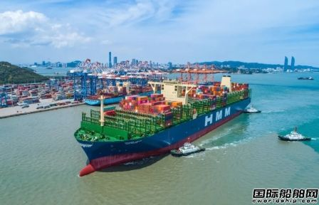 HMM旗下全球最大集装箱船首航厦门港