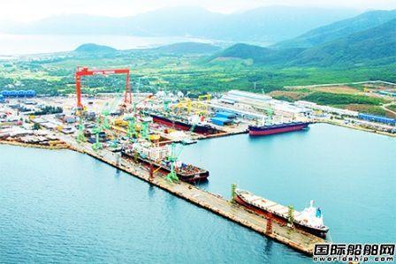 韩国包机运送船东船员和配套商驰援海外船厂