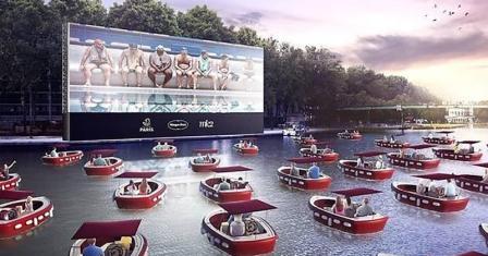坐在船上看电影?巴黎首创推出水上电影院