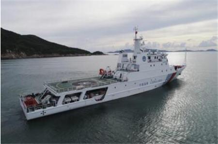 """我国首艘海上危险品应急指挥船""""深海01""""轮试航归来"""