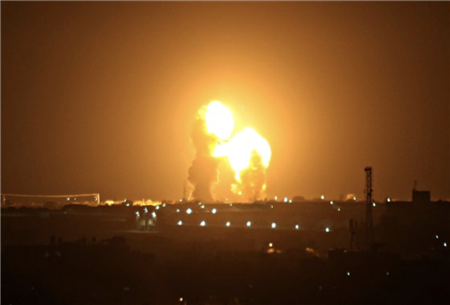 美军舰在青岛港扣了伊朗货船?假新闻是如何诞生的