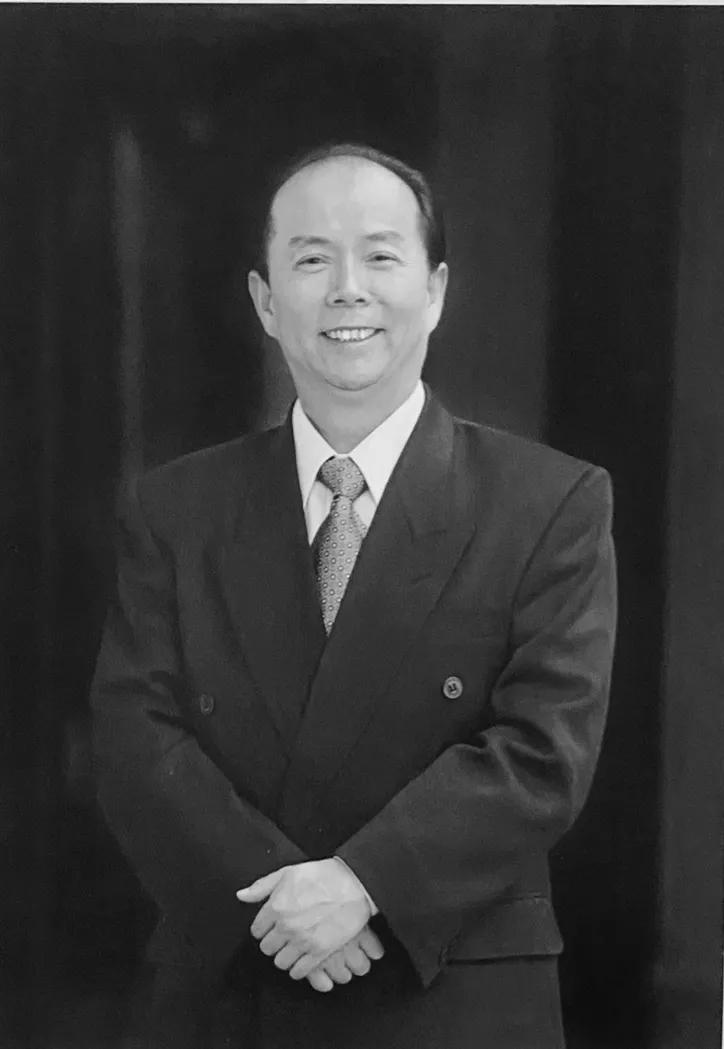 原江南造船董事长、原外高桥造船董事长陈金海逝世